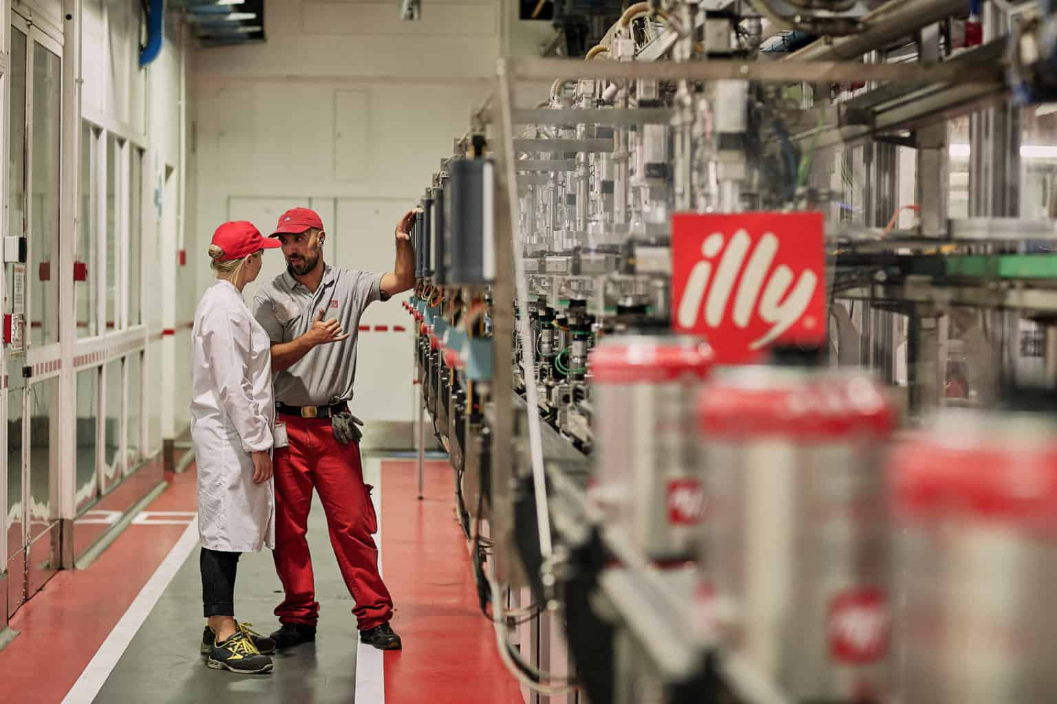 fotografo commerciale reportage industriale case history aziendale immagine corporate Illy Oracle