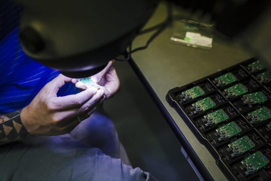 fotografo commerciale reportage industriale Calearo industria elettronica